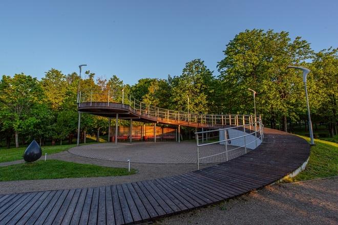 Pėsčiųjų takas aplink Molėtų miesto ežerus