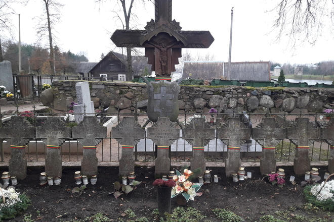 The graves of Lithuanian soldiers in Sirvintos