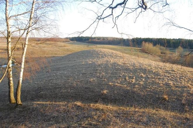 Jasiuliškiai mound (headed by Švedkalnis)