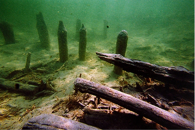 Two Ancient Underwater Pile Settlements of Luokesai