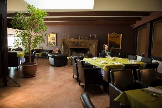 """""""Dubingiai Stud"""" restaurant"""