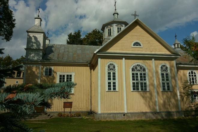 Suginčiai Church