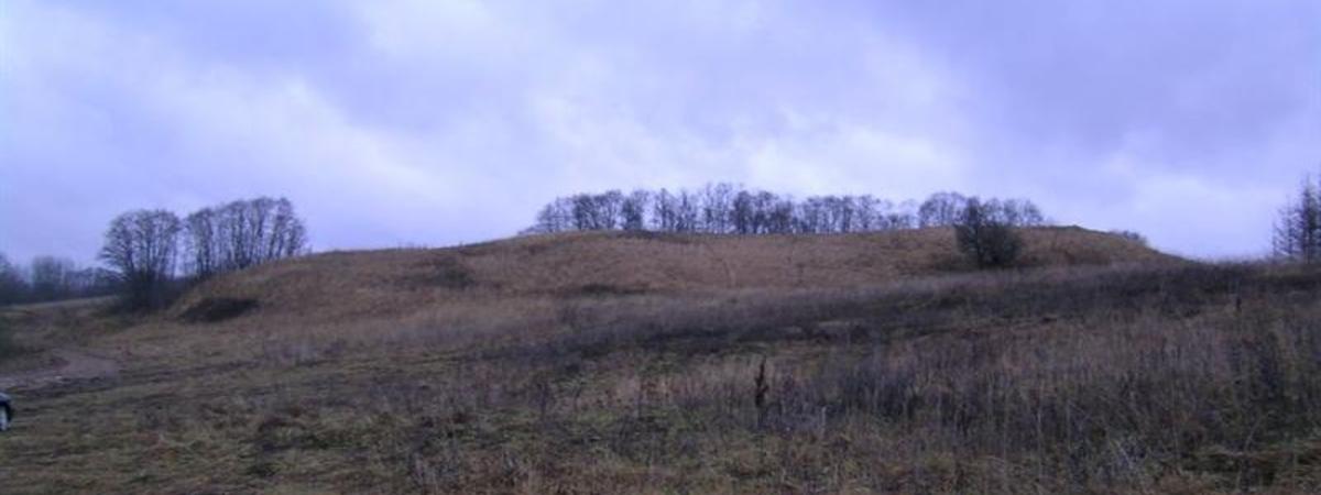 Piliakiemiai Mound
